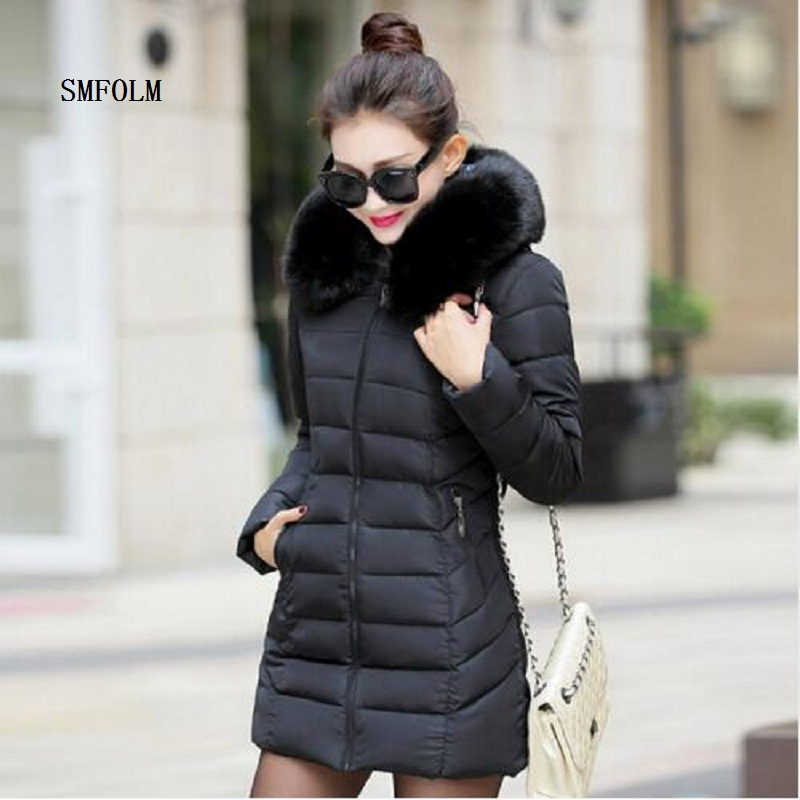 ФОТО SMFOLM 2017 New Fashion Jacket Women's Winter Thick Warm  With Hoods High Quality Fur Collar  Long Female Cotton Parka Coat