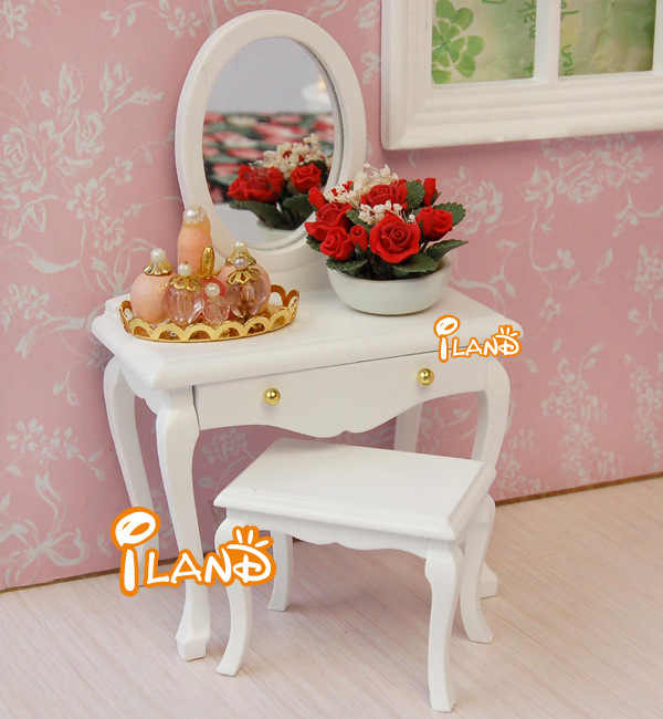 Doll House Miniatures DIY 1:12 Dollhouse accessories Toys Wooden furniture bedroom decoration White red wood Dressing table