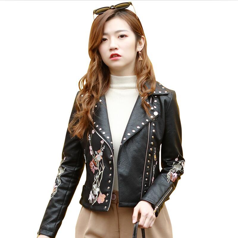 6909352ef0af8 Printemps Vêtements Mince Survêtement Femmes Noir Cuir Nouvelle En Femelle  Et Court Moto Manteau Veste 2019 Automne xw6zC0vq