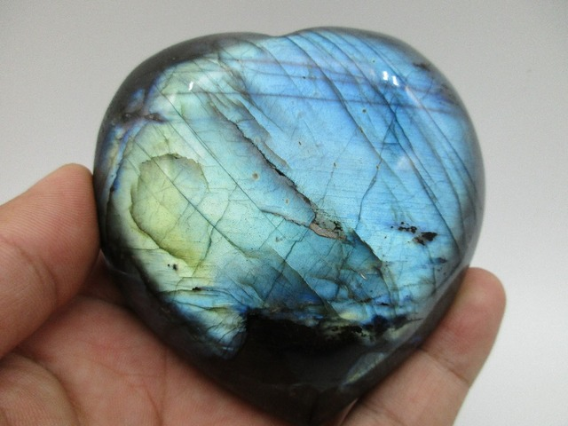 526g High Quality Natural Blue Light Labradorite Stone Heart Shape Mineral Crystal Specimen Feng Shui Home Decoration Collection
