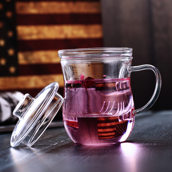 Transparent glass tea cup with filter and beautiful lid, hand blown Borosilicate office mug