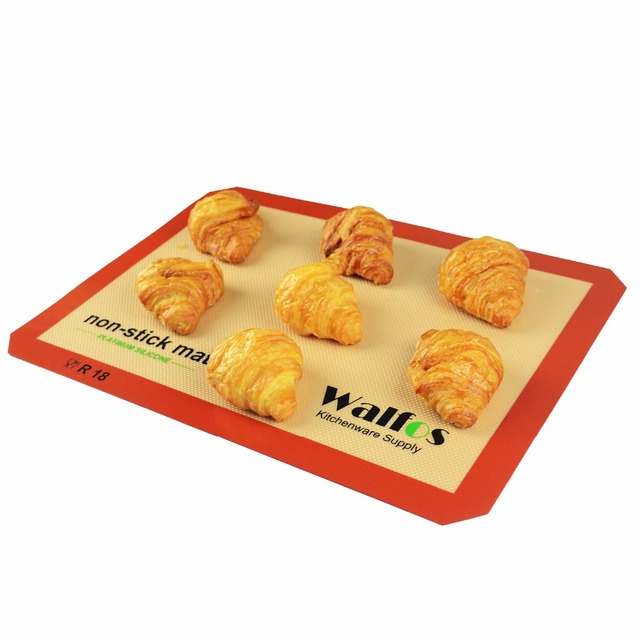 Non-Stick Silicone Baking Mat For Cakes & Cookies. Non-Stick Baking Liner.