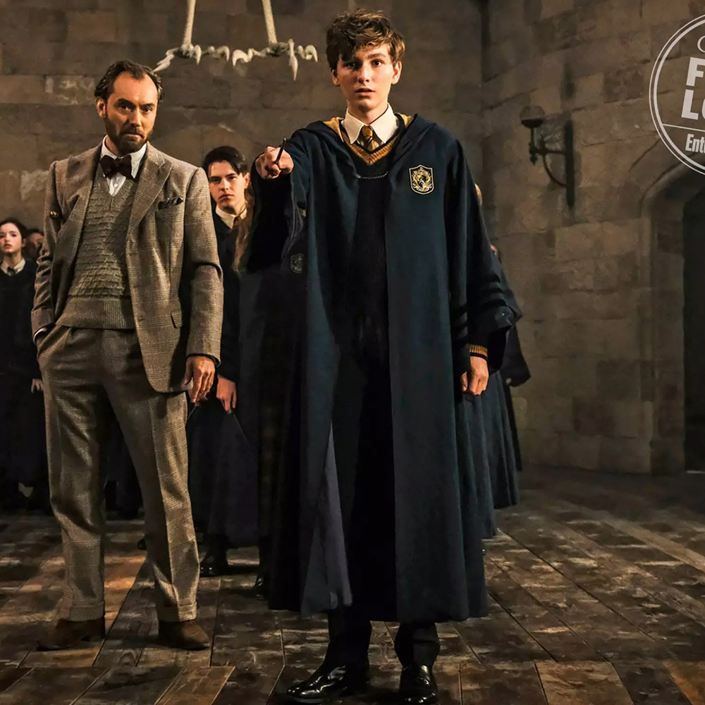 Fantastic Beasts:The Crimes Of Grindelwald Newt Scamander Cosplay Costume Hogwarts Robe Cape Cloak Carnival Party Costumes