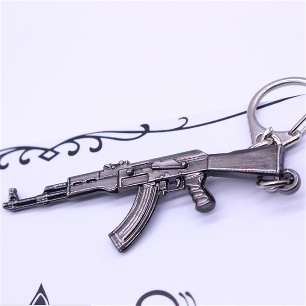 Key Chains Cheap Price 2018 Hot Game Pendant Keyrings Popular Game Gun Key Chains Weapon Model Metal Pendant Keychain Metal Key Ring Jewelry & Accessories