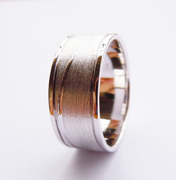 Wellmade 9mm Solid 925Sterling Silver Plain Band Ring 1pc polished brushed 9mm wide band ring 100