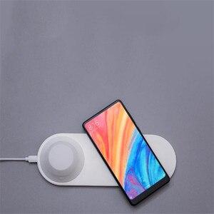 Image 4 - Yeelight Drahtlose Ladegerät mit LED Nacht Licht Magnetische Anziehung Schnelle Lade Für iPhones Samsung Huawei P40 handys