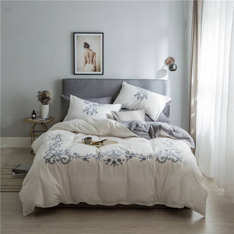 2018 White washed cotton Double king queen size embroidery Bedding sets Duvet cover Flat sheet Pillowcase2018 White washed cotton Double king queen size embroidery Bedding sets Duvet cover Flat sheet Pillowcase
