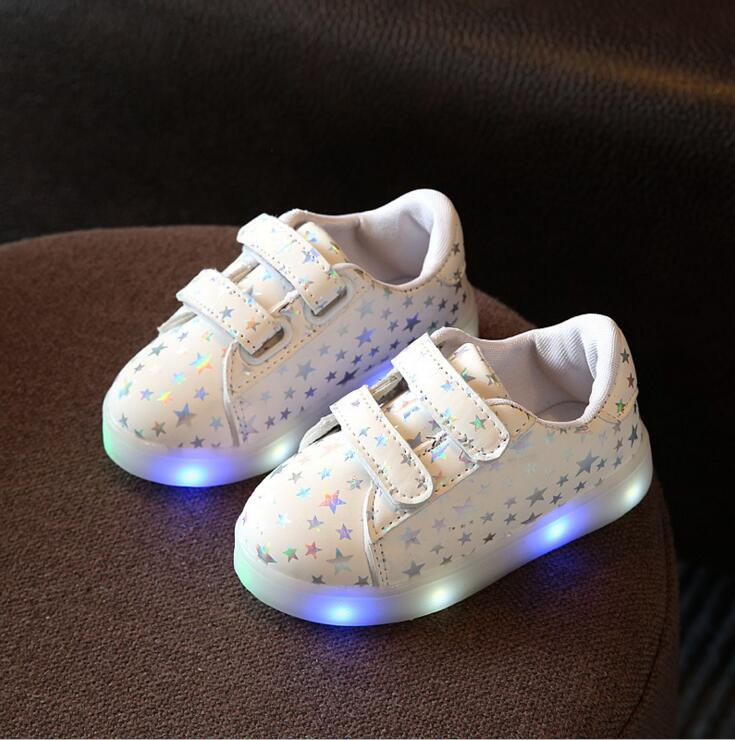 Children Shoes With Light 2017 New Spring Led Stars Sport Light Fashion Girls Shoes Kids Sneakers Chaussure LED Enfant EU 21-30