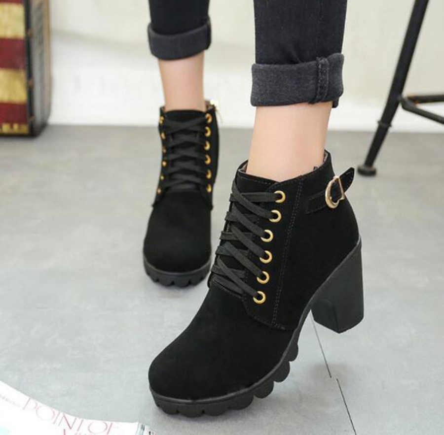 Sonbahar yüksek topuklu tek kemer tokası kadın ayakkabısı kalın kısa çizmeler yuvarlak kafa Martin çizmeler kadın bağlama ve çıplak şövalye Boot