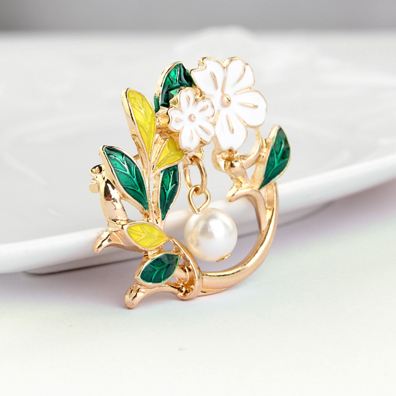 Fashion imitation pearl A brooch Restore ancient ways the bride enamel flower leaves brooch pin scarf buckle clothing in Brooches from Jewelry Accessories