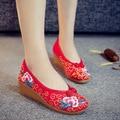 Красный Старый Пекин женская Обувь Китайский Плоский Каблук С Цветок Вышивка Удобные Мягкие Холст Обувь Плюс Размер 41