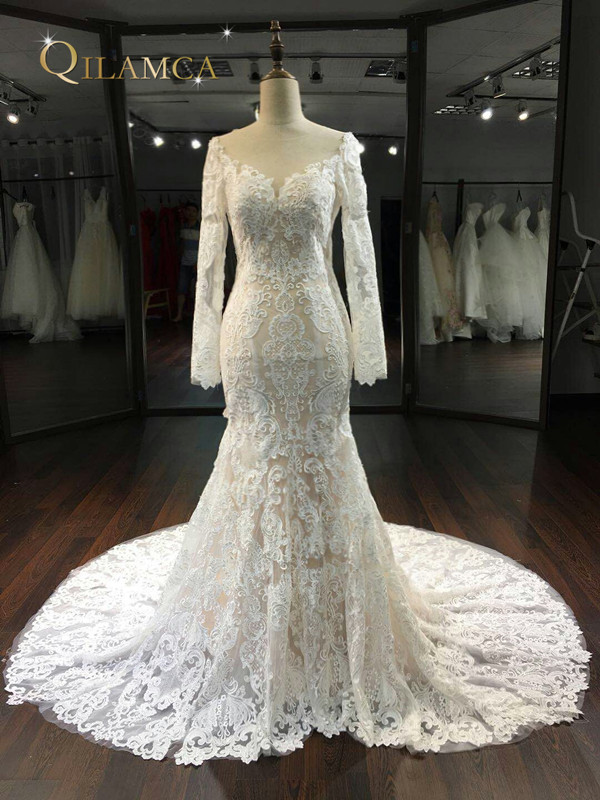 New Design Mermaid Wedding Dresses 2018 Long Sleeves Chapel Train Sexy  Backless Lace Wedding Gowns Robe de mariage 301258ea1790