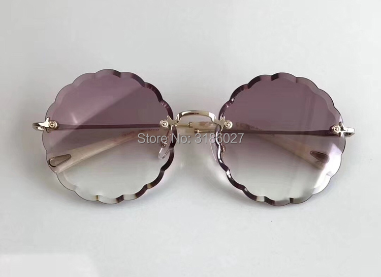 Luxury Design Sunglasses Fashion Glasses Women with Pearl Round Vitnage Flower Sunglasses Beach Party CE142 Oculos de Grau in Women 39 s Sunglasses from Apparel Accessories