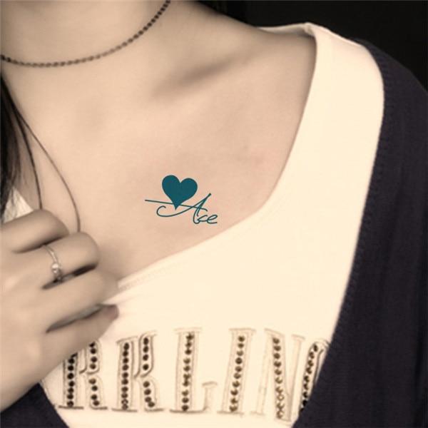 Tatuajes De Letras En El Pecho Para Mujeres Tatuajes