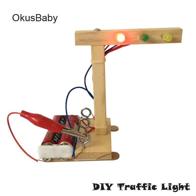 DIY Traffic Lights Hand Craft Vehicle Toys Children Educational Wooden Model Assemble Toys Set Electric Student Traffic Signal