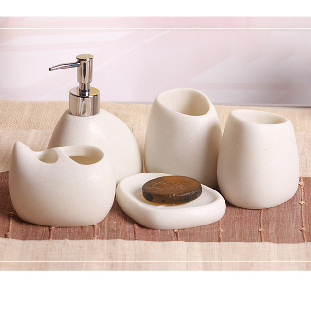 accessories bathroom collection curvaceous sets croscill bath hastings the features resin