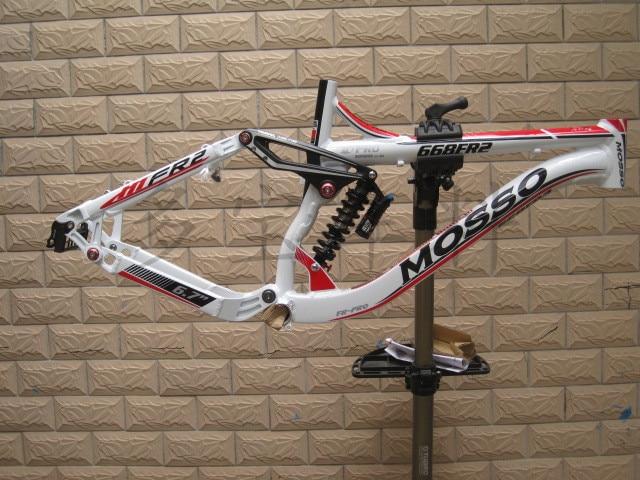 MOSSO 668FR2 26 collu alumīnija kalnu velosipēdu rāmis ar pilnu - Riteņbraukšana