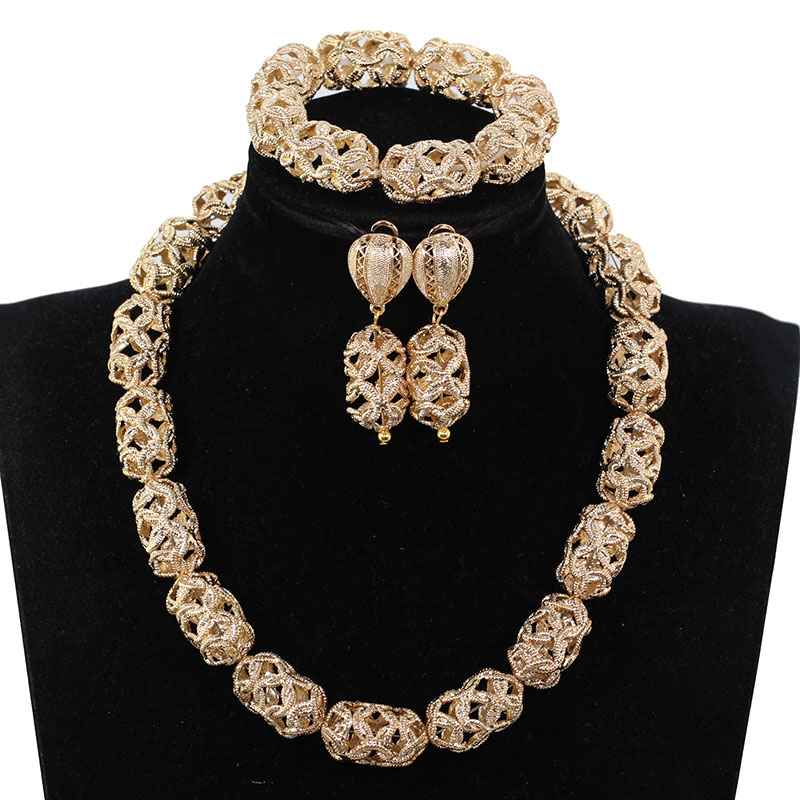 Popular Hollow Out Gold Accessory Nigerian African Jewelry Set Simple Chunky Party Necklace Set for Women WE225Popular Hollow Out Gold Accessory Nigerian African Jewelry Set Simple Chunky Party Necklace Set for Women WE225