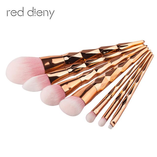 7pcs Diamond Shape Rainbow Handle Makeup Brushes Set Foundation Powder Blush Eye Shadow Lip Brushes Face Beauty Makeup Tools Kit