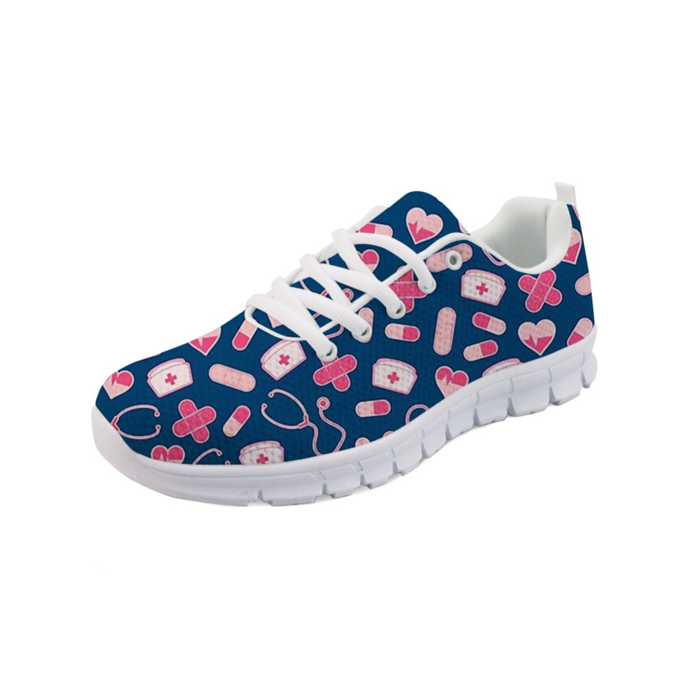Noisydesigns 귀여운 만화 간호사 패턴 플랫 여성 신발 캐주얼 여름 빛 통기성 플랫 스 니 커 즈 소녀 zapator mujer-에서여성용 플랫부터 신발 의  그룹 1