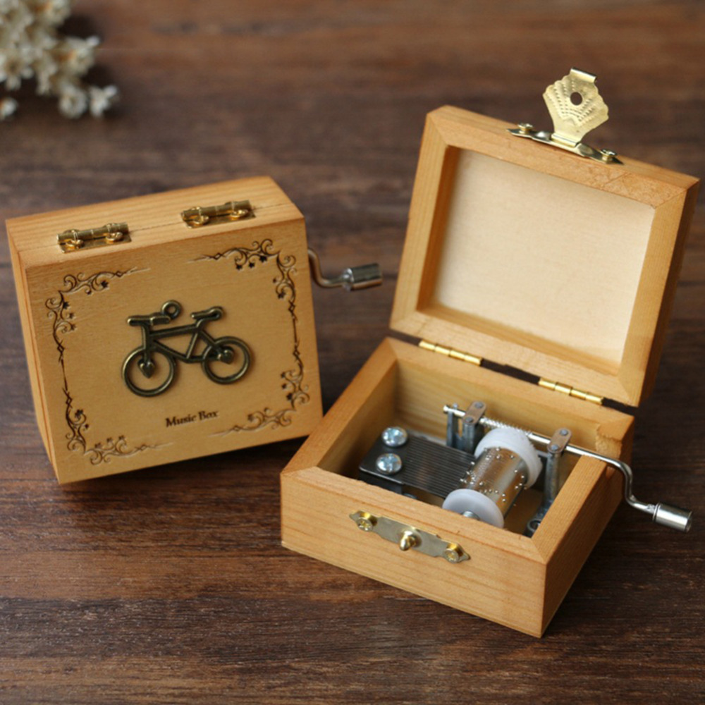 Retro Wooden Hand-Cranked Music Box Popular Created Hand-Style Make Funny Gift Enjoy Song -Castle in the Sky