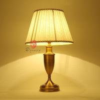 Asie Antique En Laiton De Cuivre Vintage Art Décoration Style Table Lampe de Bureau E27 Lumières AC 110/220 V De Chevet Chambre station Bateau Libre
