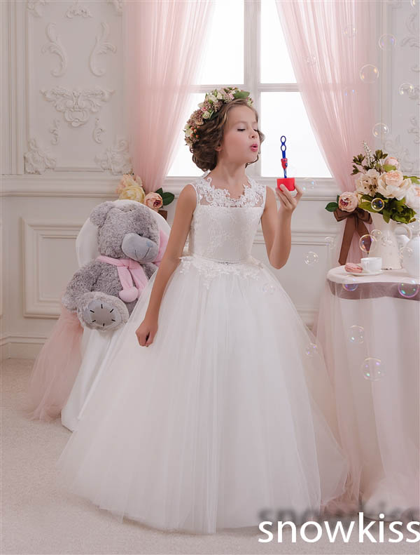 2017 sheer lace white/Ivory hollow back ball gowns first communion frocks for little girls holy flower girl dresses for wedding