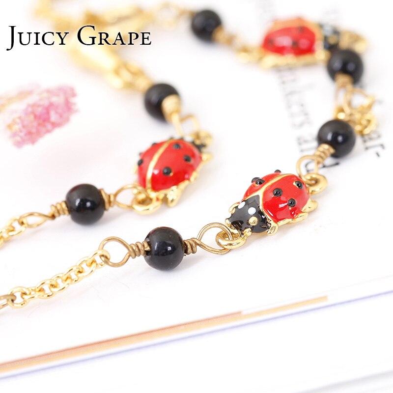 Bracelet coccinelle de couleur dorée