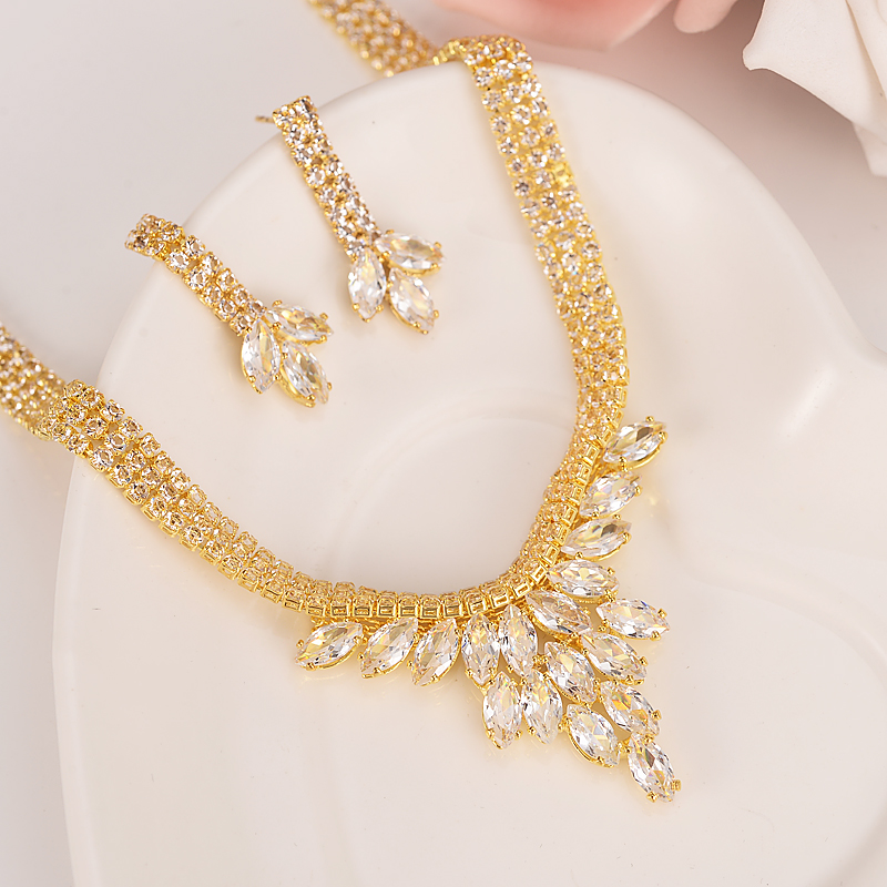 Fashion Crystal Wedding Jewelry Sets For womenBride Party Costume Accessories Bridal Decorations Necklace Earring Jewellery gift