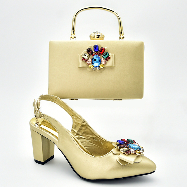 New Women Shoes and Bags To Match Set Italy Sales In Women Matching Shoes and Bag Set Crystal Wedding Pumps Block Heel Shoes