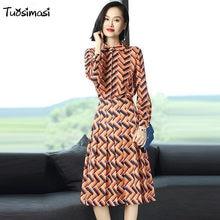 3fafd43b2db8c8 2017 printed Women autumn Clothing Sets 2 Piece Set full sleeve blouse bow  shirt Top + knee length skirt (LB020)