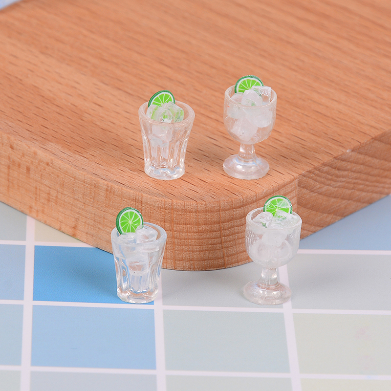 2Pcs Mini Glass Cup + Ice Cube Simulation Goblet Cup Model Toy Dollhouse Toy Model Miniature Food Doll House Decor
