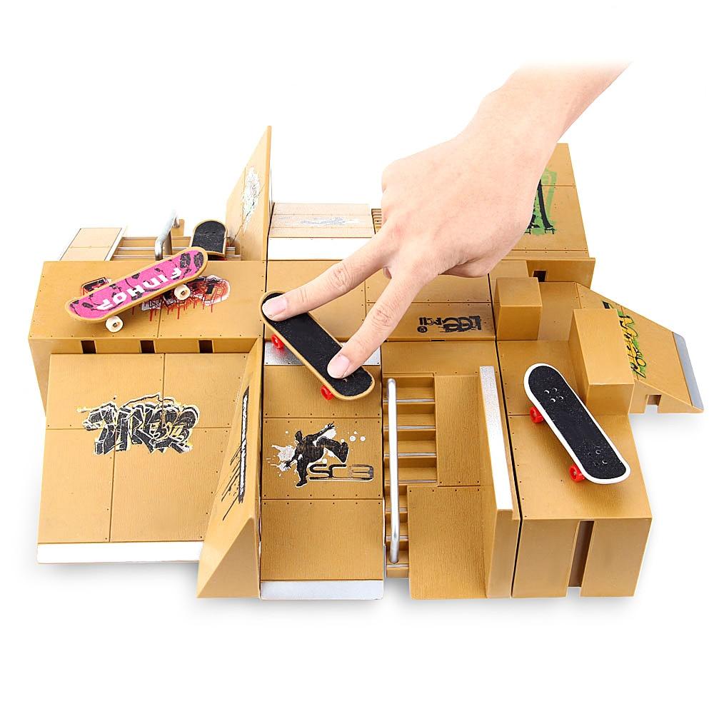 11 pcs Kit Skate Park rampe pièces pour Tech Deck touche doigt Skateboards Sports extrêmes passionnés cadeaux adaptés pour les enfants