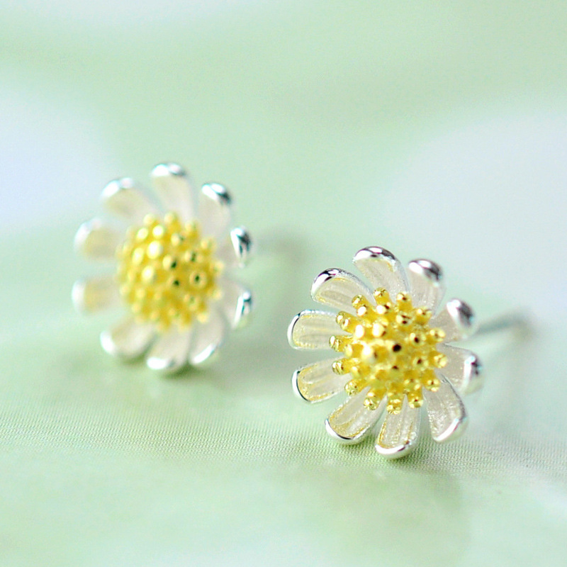 Korean Silver Color  Daisy Flower Earrings For Women Party Jewelry Gift Girls Hot Fashion Jewelry