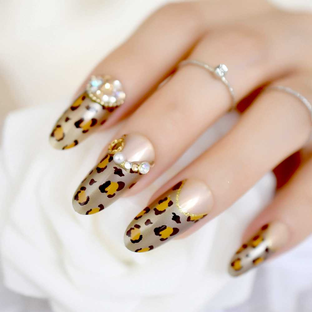 3D Long Round Golden Leopard French Fake Nails Brown Gold Rhinestones Glitter False Nail Art Tips DIY Manicure Summer Wear Nails