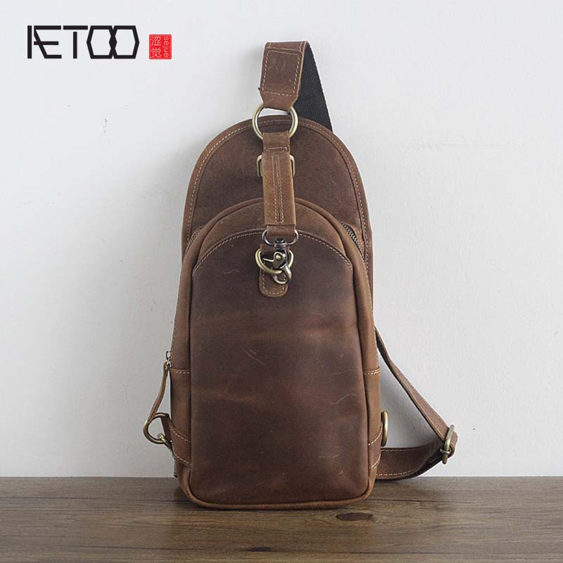 AETOO Original handmade nature leather men's chest bag vintage crazy horse skin men's first layer of leather messenger bag aetoo the new first layer of leather men shoulder bag leather men bag leisure messenger bag cross section crazy horse skin japan