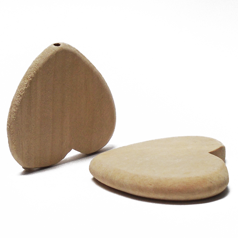 ZIEENE 2PCs 5PCs Natural Wood Color Big Love Heart Wooden Crafts DIY Button For Home Decor Kids Gift Handmade Ornaments 50x50mm
