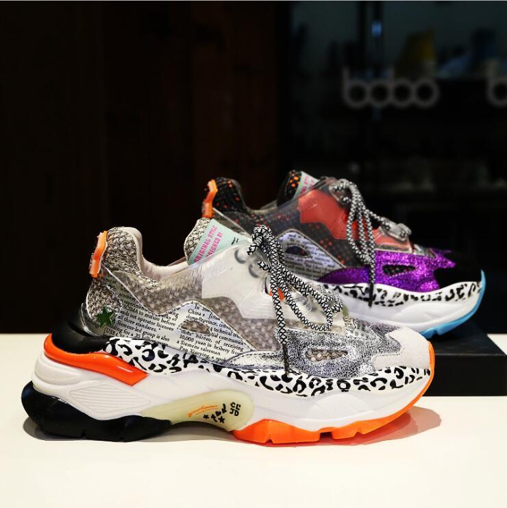 Ayakk.'ten Vulkanize Kadın Ayakkabıları'de Yüksek kaliteli Kadın Spor Ayakkabı Ayakkabı Kadın Nefes Düz beyaz ayakkabı 2019 Yeni Sonbahar Deri Kalın tabanlı Renk Eşleştirme P19'da  Grup 1