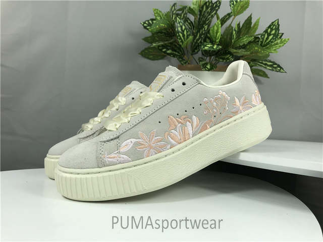 low priced a11bb dce36 Original Puma Suede Platform Women's Sneakers Suede Satin Badminton Shoes  Size35.5-40