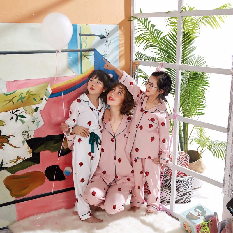 Image 2 - Autumn Family Pajama Set Shorts 100% Cotton Flamingo Cartoon Lovely Colorful Cure New Home Clothing For Kid Woman Long Pyjama-in Pajama Sets from Underwear & Sleepwears