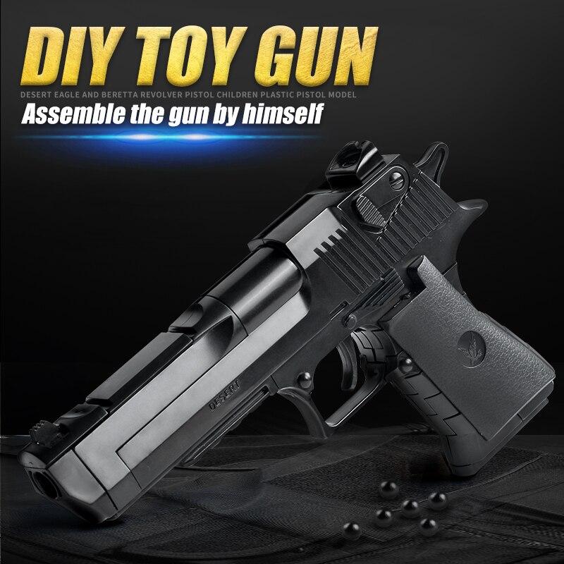 DIY building blocks toys guns weapon Desert Eagle and BERETTA Revolver wtih bullet plastic pistol model for children's boys kids