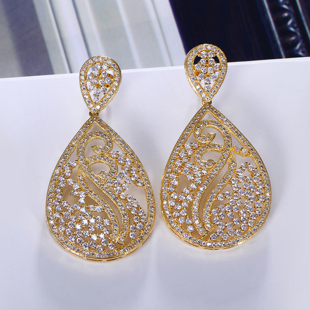 Brand New Women Luxury Cubic Zirconia Earrings Gold Color White Allergy Free Silver Pin