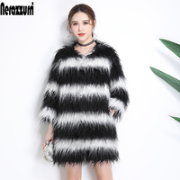 Nerazzurri Black and white striped faux fur coat hairy long haired fake fur jacket drop shoulder plus size furry outwear 5xl 6xl