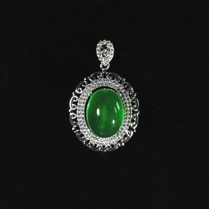 Collier pendentif jade naturel vert femmes