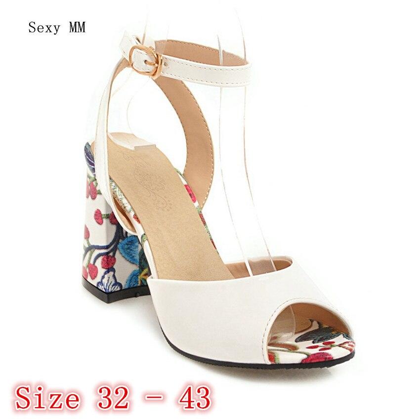 aa8c903f92 Peep Toe Mulheres Sandálias de Salto Alto Sapatos de Mulher de Salto Alto  Senhoras Gladiador sandálias Bombas de Pequeno Plus Size 32 33 34-40 41 42  43