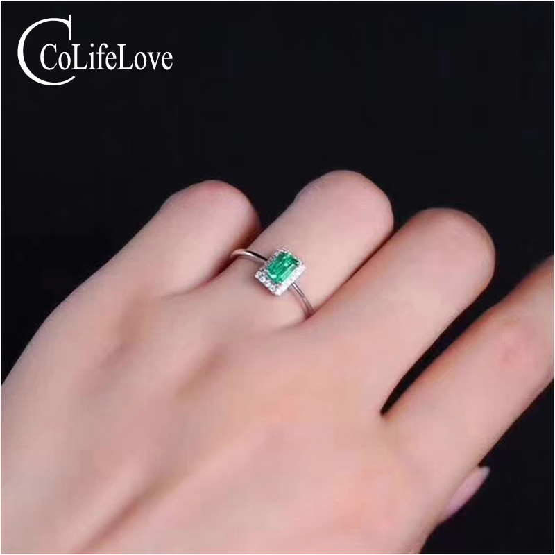 Simple Design Emerald Wedding Ring 4 Mm * 6 Mm 0.5 Ct Real Natural Emerald Ring Solid 925 Silver Emerald Ring