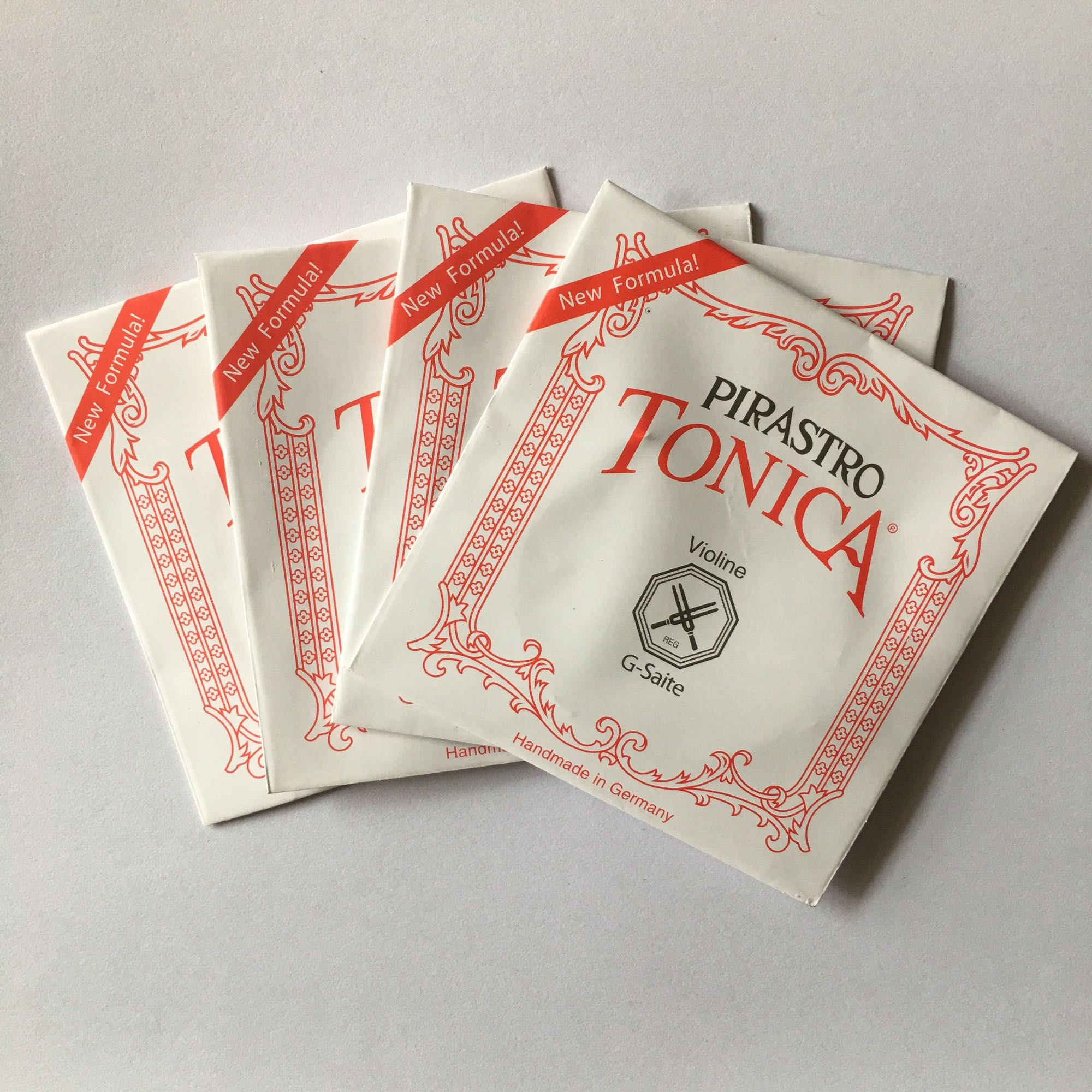 цены High Quality German Pirastro Tonica Violin Strings New Formula Full Set Ball End A, E, G, D Violino String For 3/4 4/4 Violin