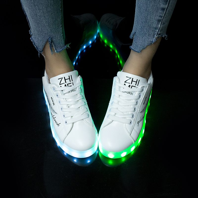 Fashion LED Sneakers with Graffiti 8