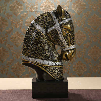 Household attracts money horse handicraft to place a sitting room general horse head wine cabinet TV cabinet office decoration image