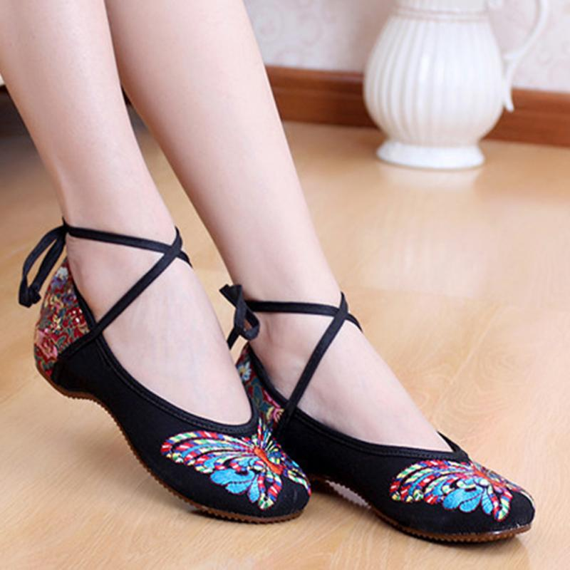 Women Shoes Fashion New Butterfly Chinese Traditional Style Flats Flower Embroidered Casual Shoes Red Green Black